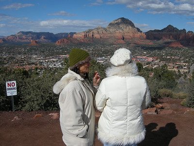 Michèle and Liberty at an overlook site near the Sedona Airport. Very scenic! (if you ignore the warning sign…) View is to north.