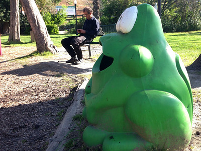 Waiting for friends in Angels Camp, here's Guy checking his email while a Calaveras County frog looks on.  (You know - Mark Twain's famous jumping frog of Calaveras County!)
