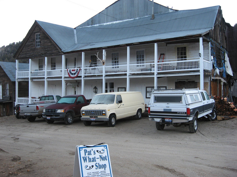 Front of Silver City hotel, where I spent 1 night