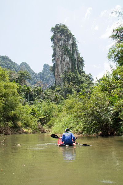 Thailand canoeing in Khao Sok River
