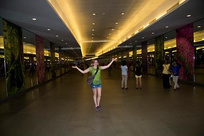 Singapore Metra walkway