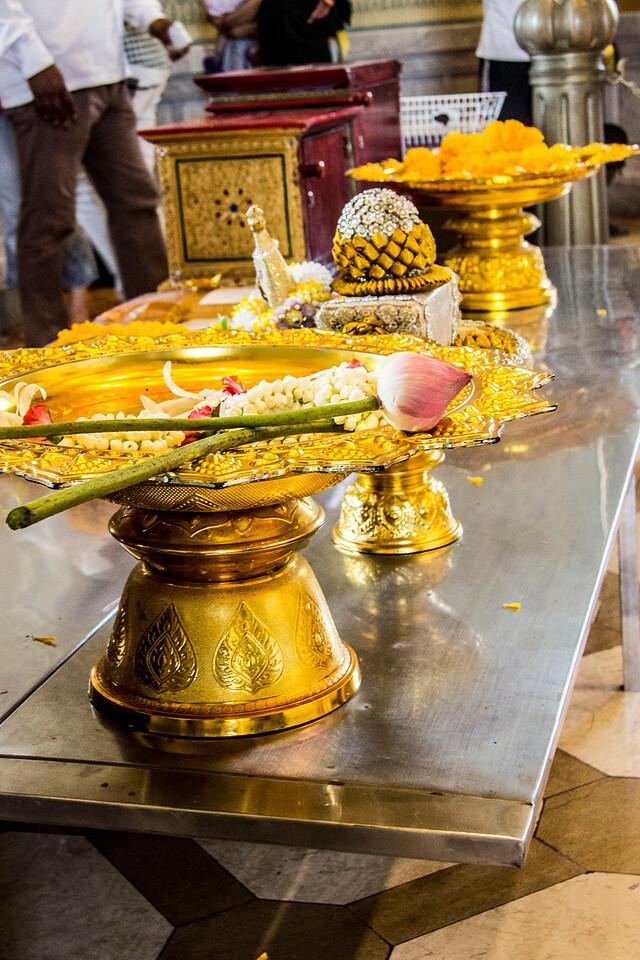 Thailand Wat Traimit Temple