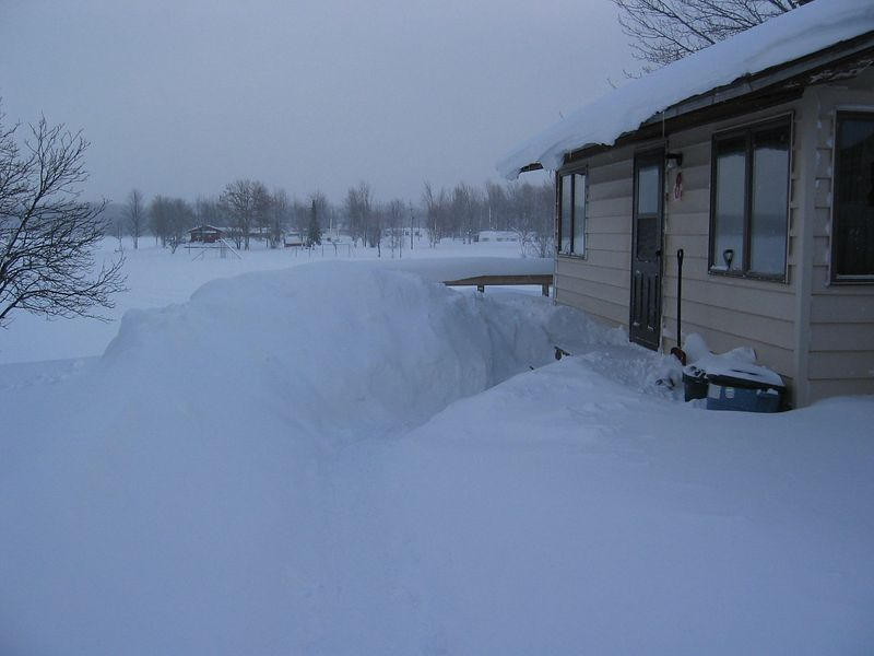 A shot of the cabin on the first day.  This is Krupp's Resort in Twin Lakes, MI.