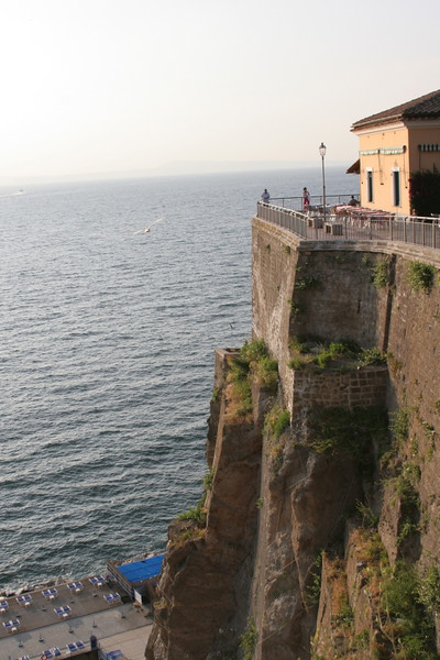 After driving 3 hours from Rome after flying in from Paris after the intercontinental from Houston after the puddle jumper from Alexandria Louisana.... we arrive in Sorrento...