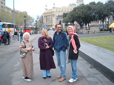 The family goes to Spain. Barcelona, April 2007