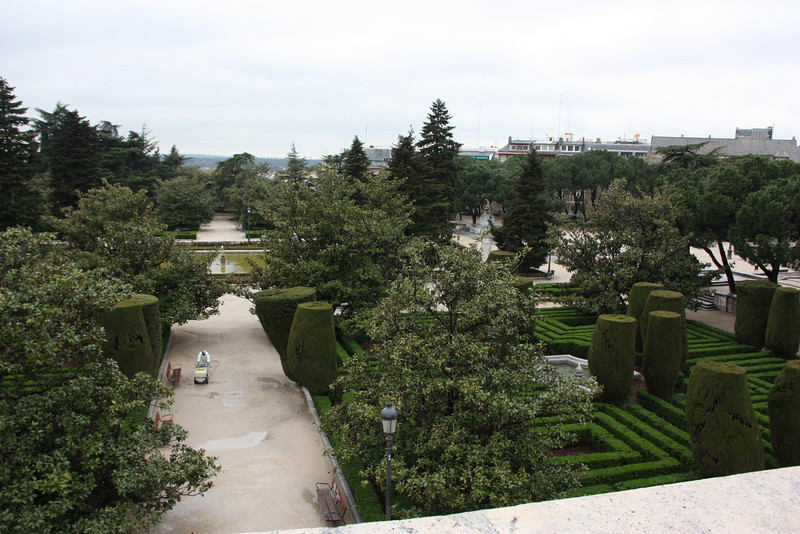 The gardens at the Palacio Real.