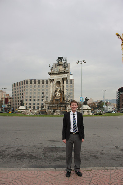 Jared in the Placa Espanya.  We stopped there and checked out Barcelona's Royal Palace on the way back from check.  Hence, the fancy dress.