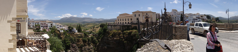 panoramic of bridge into Ronda