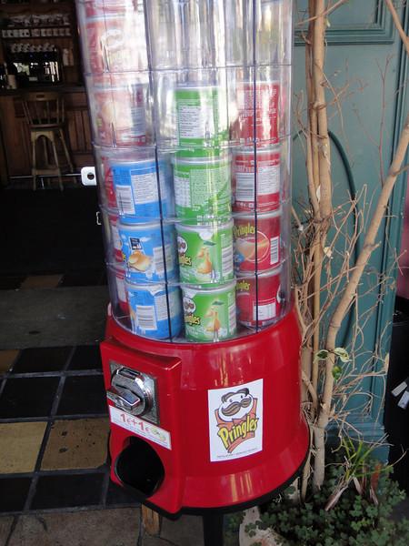 Pringles dispenser