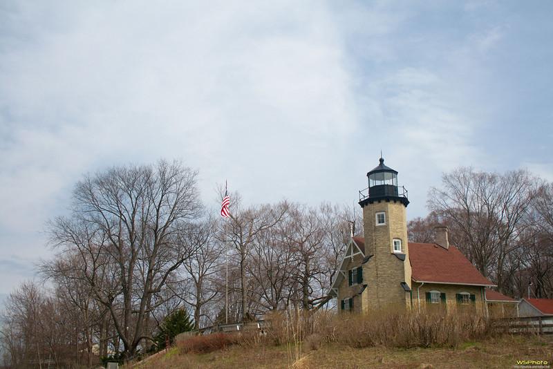 "White River Light Station<br /> White Hall, Michigan<br /> <br />  <a href=""http://www.whiteriverlightstation.org/"">http://www.whiteriverlightstation.org/</a><br />  <a href=""http://bit.ly/jkqcBD"">http://bit.ly/jkqcBD</a><br />  <a href=""http://www.facebook.com/pages/White-River-Light-Station/125838794153745"">http://www.facebook.com/pages/White-River-Light-Station/125838794153745</a>"