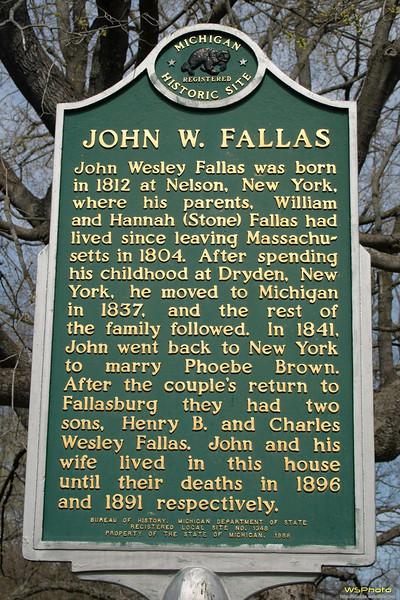 "Fallas House<br /> 1842<br /> <br />  <a href=""http://www.michigan.org/Property/Detail.aspx?p=G19738"">http://www.michigan.org/Property/Detail.aspx?p=G19738</a>"