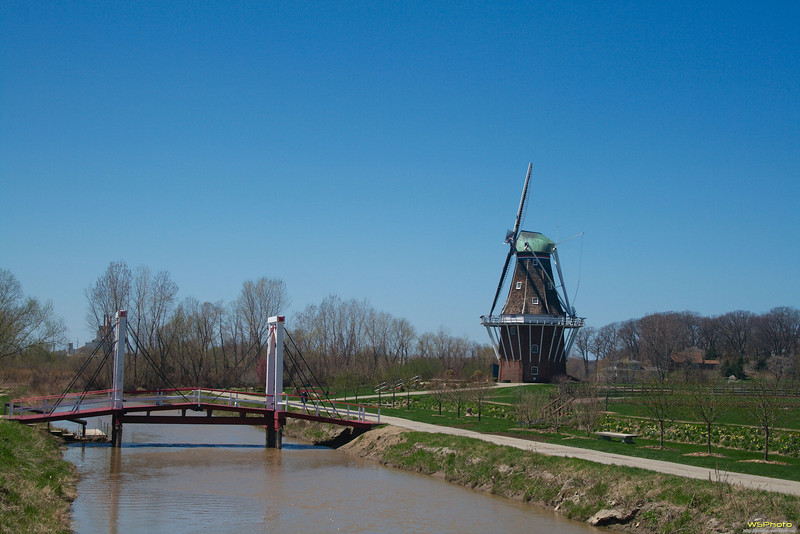 """Windmill Island Gardens<br /> Sadly we arrived a little to early in the season to see the tulips in full bloom.<br /> <br />  <a href=""""http://www.cityofholland.com/windmillislandgardens"""">http://www.cityofholland.com/windmillislandgardens</a><br />  <a href=""""http://bit.ly/melWRy"""">http://bit.ly/melWRy</a>"""