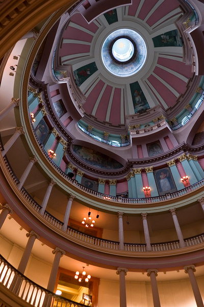 This morning, we were visiting the old courthouse of St Louis.