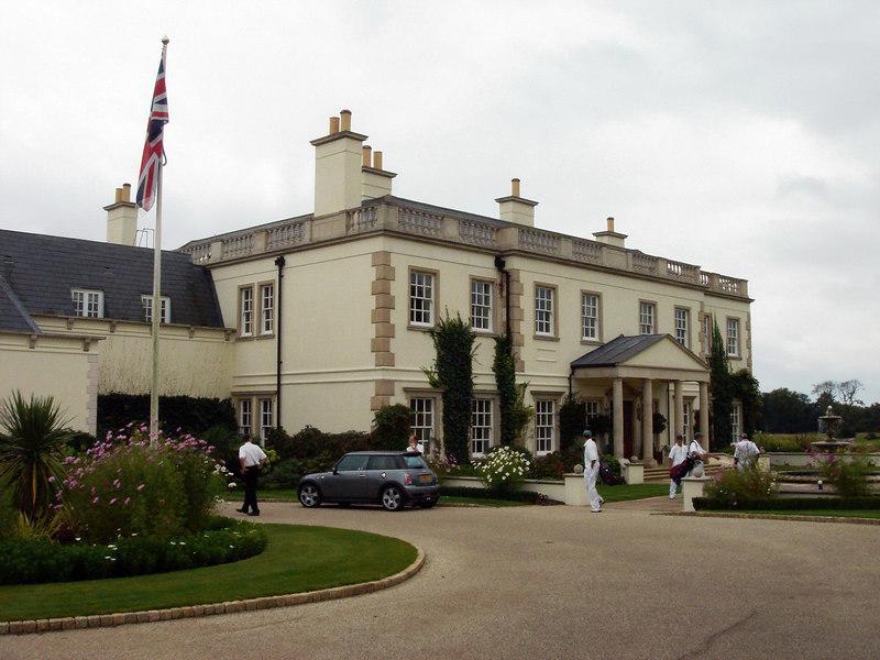 Queenwood CC<br /> Stonehill Road, Ottershaw, Surrey KT16 OAQ, UK<br /> 6473 yards Par 72