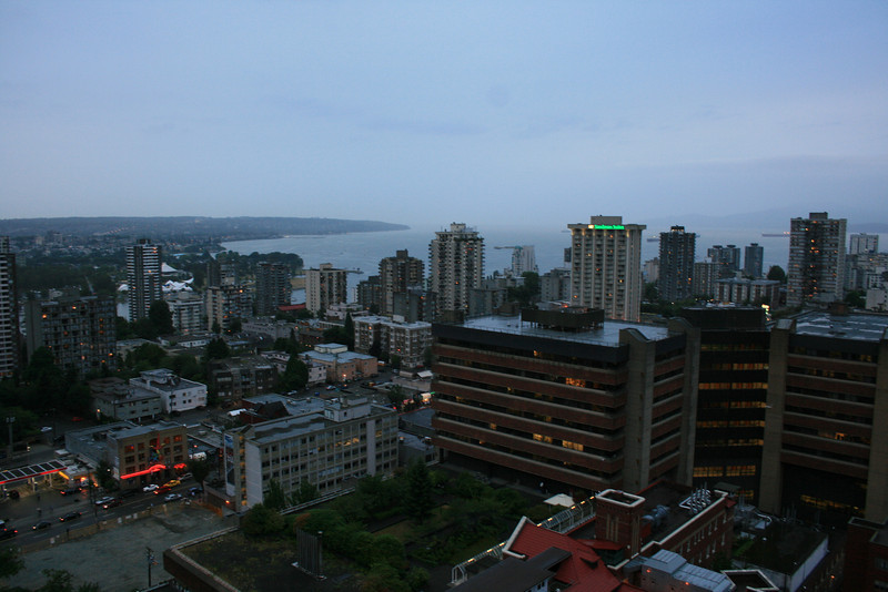Off for our trip to Vancouver Island.<br /> This is the view from our hotel in Vancouver.