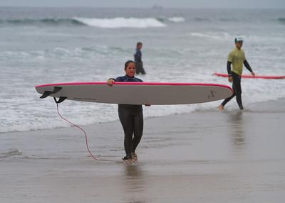 20110811_Nicole_Surfing_16
