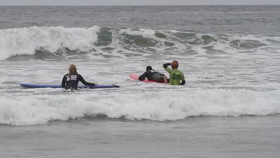 20110811_Nicole_Surfing_24