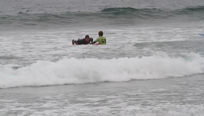20110811_Nicole_Surfing_25