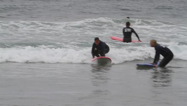20110811_Nicole_Surfing_23