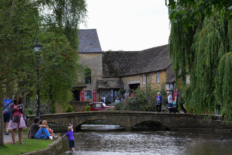 Regularly voted one of the prettiest villages in England, Bourton-on-the-Water has more than its share of Cotswold houses and cottages, many of them three hundred years old, some dating back to Elizabethan times four hundred years ago.