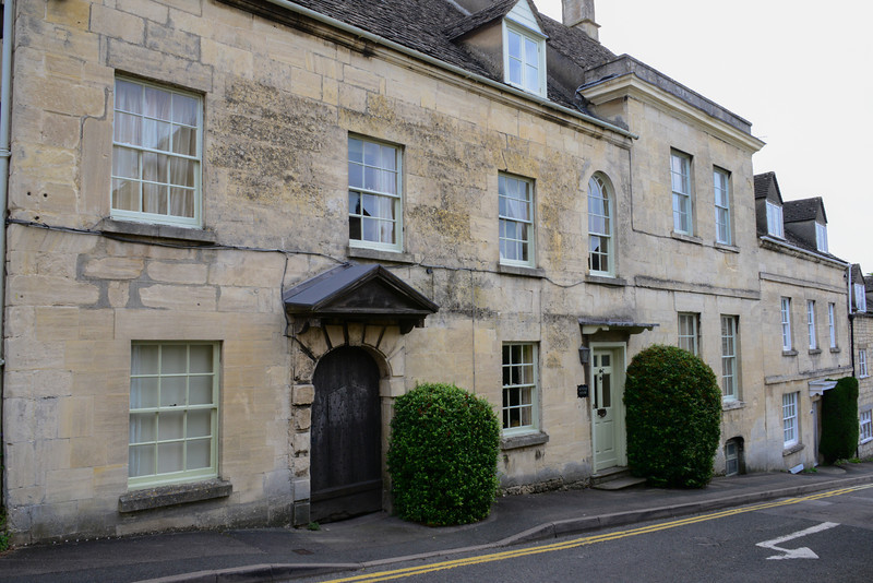 "Grade II* Byfield House ( <a href=""http://www.byfieldhouse.com"">http://www.byfieldhouse.com</a>) has origins in the 16th Century with a medieval oak door, a historic Tudor Hall, a fine 17th Century Barn and important ""Adam"" plasterwork in the 18th Century Drawing Room. It is filled with lovely old rugs and furniture, a wonderful house, steeped in history."