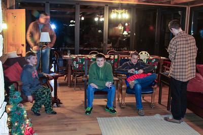 20141219_Neva Reunion Cabin_061