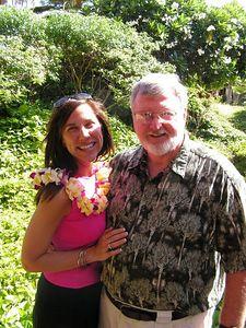 Pict3273sa, Jenny & Jerry, arrival in Lihue, Kaua'i, aug 18, 2005