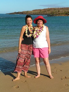 Pict3283sa, Jen & Jan, Salt Pond Beach, Hanapepe,  8am,  aug 19, 2005