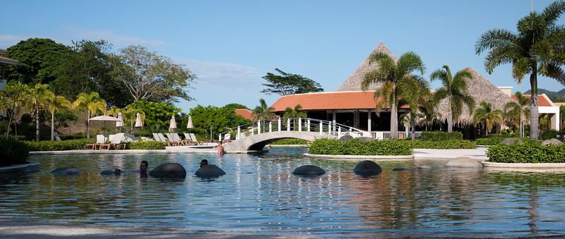 the Royal Sevice pool at Paradisus