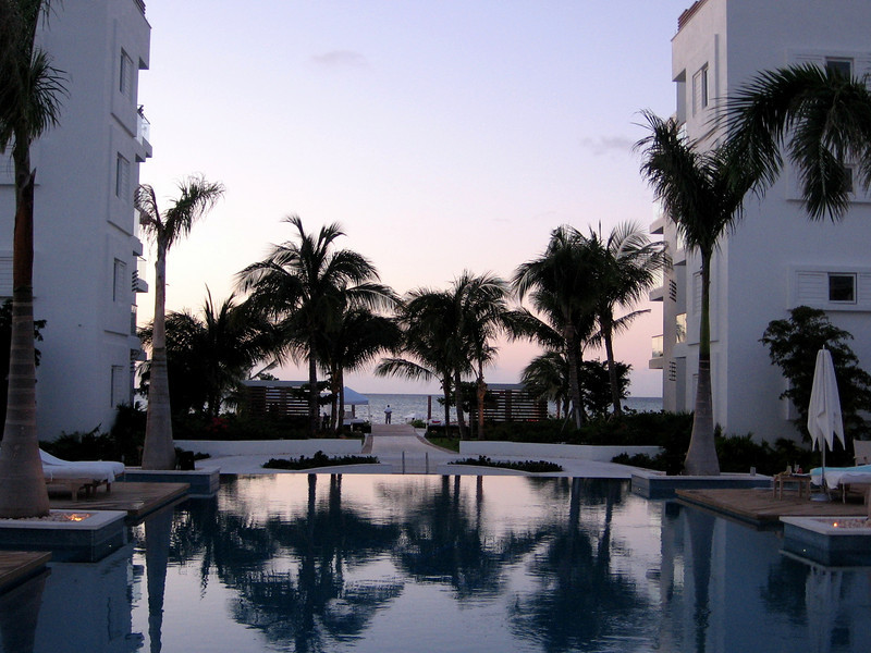 The infinity pool and walk to the beach--what a way to spend time away from the office!