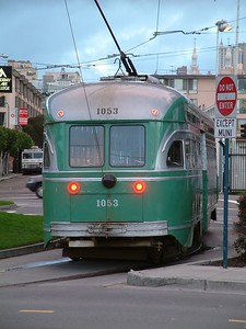 Fisherman's Wharf - Un tram piu' moderno 2004-03-02 at 02-51-58