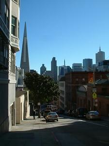Powell St. - Al limitare di Chinatown 2004-03-02 at 18-11-40