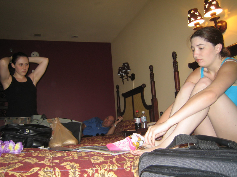 Niki and Kim prepare to tackle Universal Studios while Gary lays on the bed and prepares to tackle some Zzzz's.
