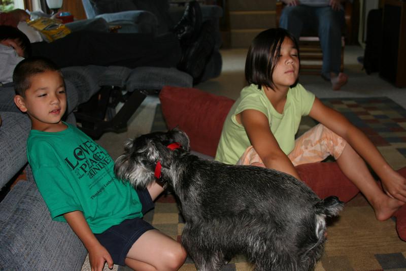 Kakoa and Kahealani with Fred and Joyce's new dog Max.