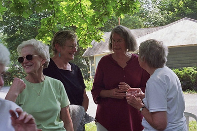Betty Ronnie June Mary Alice