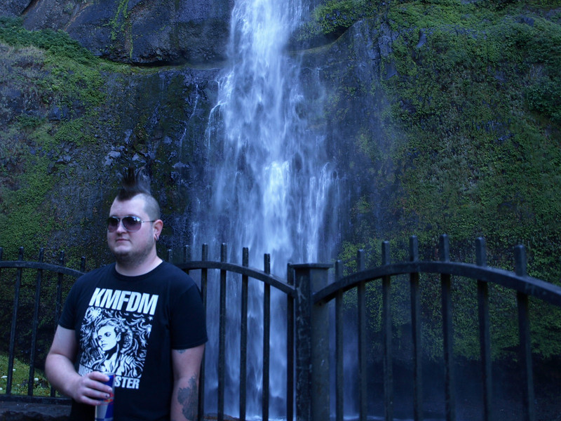Vox at Multnomah Falls