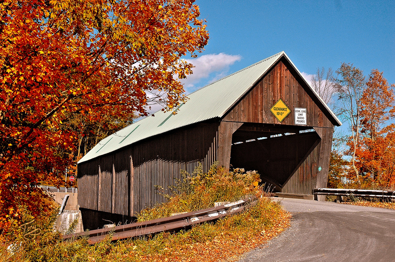 Woodstock VT - Lincoln Bridge - 1 -