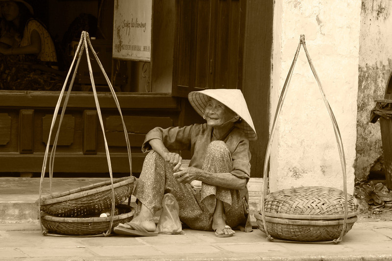 Hoi An Street Seller with Quang Gang