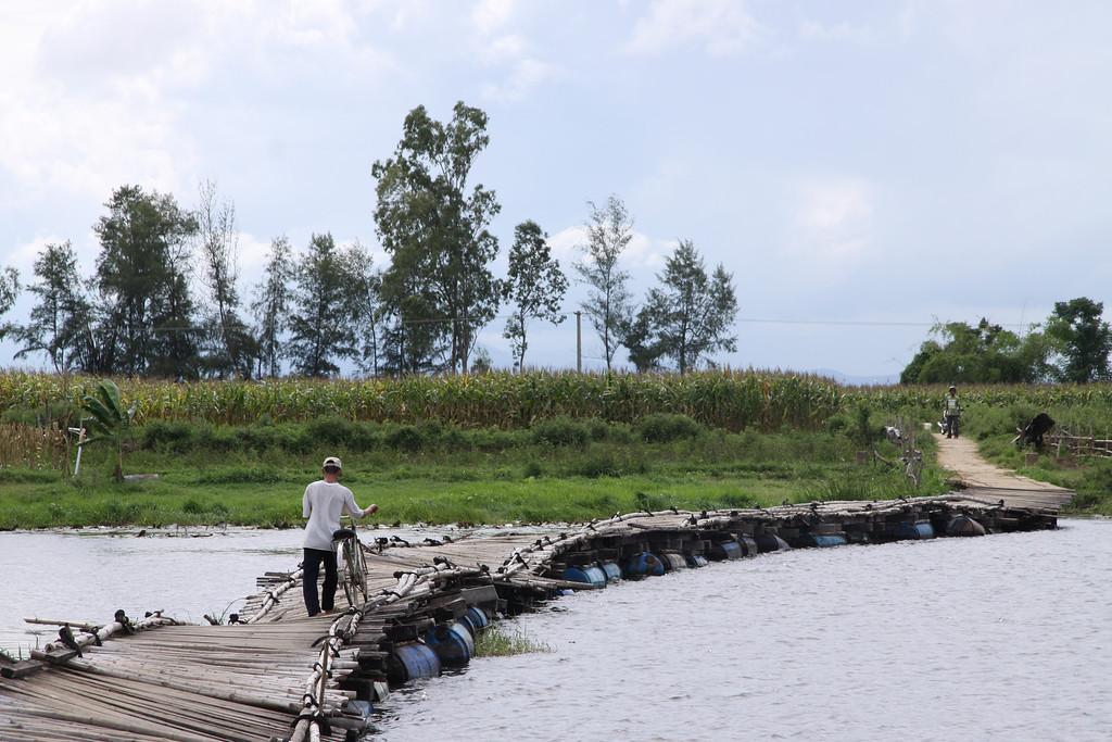 Floating Bridge, Thu Bon River Delta