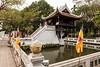 """The """"One pillar pagoda"""" near Ho Chi Minh's museum.  Built in 1049, it was meant to ressemble a Lotus blossom. It was destroyed by the french before they left Ha Noi in 1954, then rebuilt  --  La pagode à un pilier, construite en 1049. Elle est sensée ressembler à un bourgeon de lotus. Elle fut détruite par les francais en 1954, puis reconstruite."""
