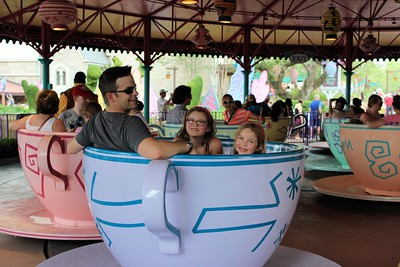 All excited for the Tea Cup ride.