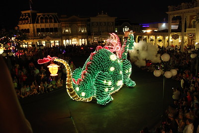 Puff the Magic Dragon lived by the sea....