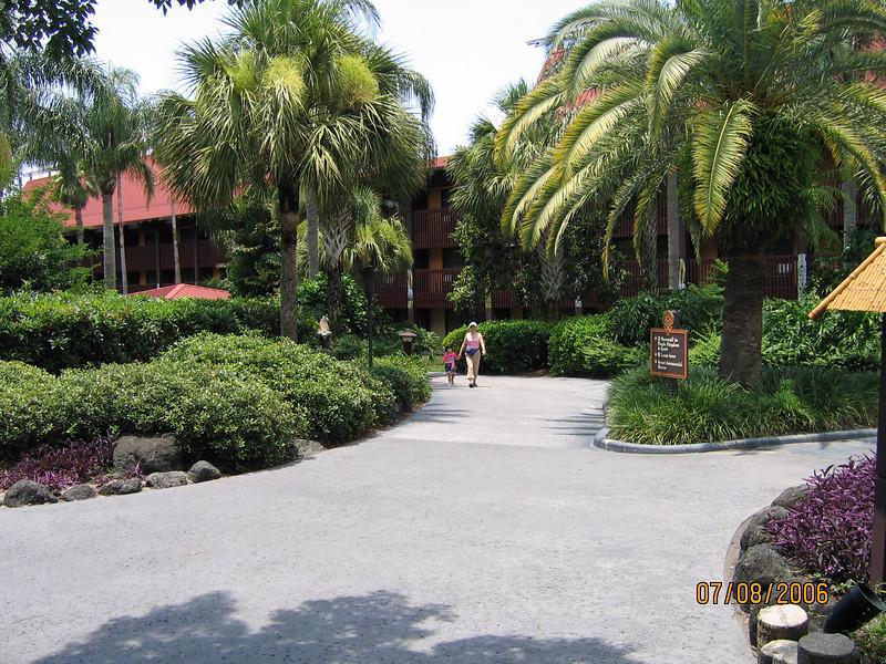Polynesian walkway