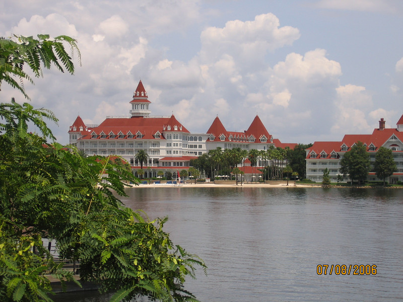 Grand Floridian Resort seen from the Polynesian