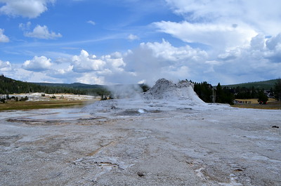 Check out the boiling spring in front of Castle Geyser