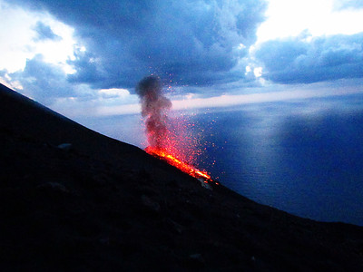 Stromboli erupting after eat too many pizzas!