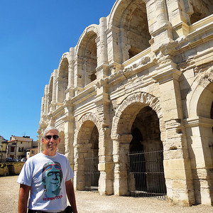 Richard in front of the arena.