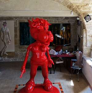 Art Gallery in Uzes, France