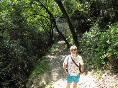 Hiking in Uzes