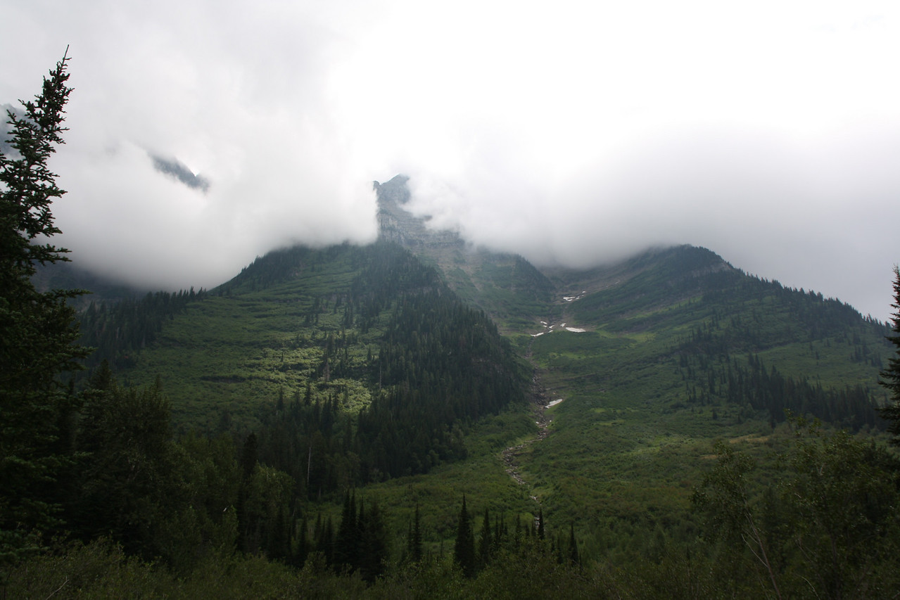 Glacier, MT-RedBus Tour Sights.  Yup, there are mountains in them there clouds.